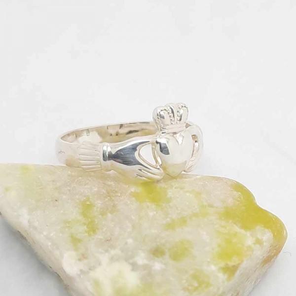 Irish Silver Claddagh Ring - Medium